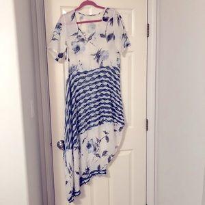 Gorgeous Asymmetric flower print linen dress EUC